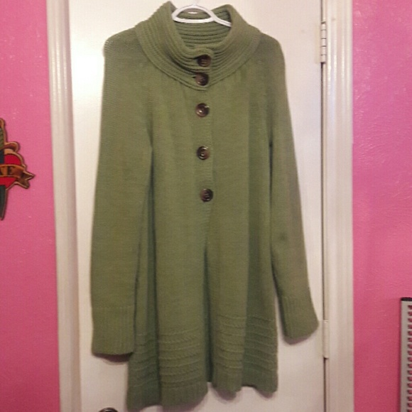 Old Navy - Long sweater from Violeta's closet on Poshmark